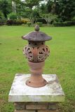 Lampe im Garten Stockfoto