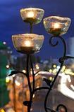 Lampe mit 3 Rosen Stockfotografie