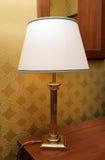 Lampe mit einem Lampenschirm Stockfotos