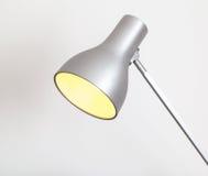 Lampe mit Glühlampe Stockbild