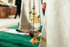Lampe orthodoxe d'icône Attribut d'église Église de pied de lampe Christianisme et foi Temple religieux Prière et pénitence Image libre de droits