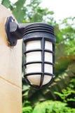 Lampe sur le béton Image libre de droits