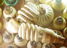 Lampe und energiesparendes Foto lizenzfreies stockfoto