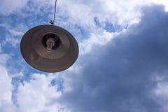 Lampe und Himmel Lizenzfreie Stockfotos