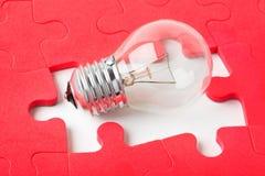 Lampe und Puzzlespiel Lizenzfreies Stockbild