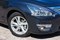 Lampe 2014 und Rad Nissans TEANA Stockfoto