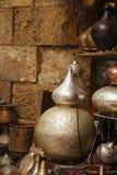 Lampen, ambachten, herinneringen in straatwinkel in Kaïro, Egypte Stock Foto's