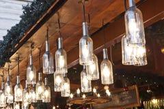 Lampes à un stand juste de Noël Photo stock
