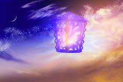 Lampes arabes complexes avec des lumières Ramadan généreux Image libre de droits