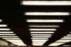 Lampes au néon dans l'obscurité Image stock