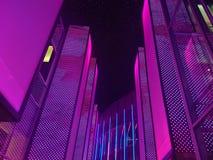 Lampes au néon de l'espace d'art Photo stock