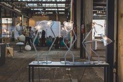 Lampes de Tableau pour Fuorisalone 2015 à l'espace de Ventura Lambrate dans le MI Images libres de droits