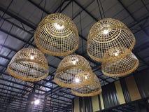 Lampes - fond lumineux par conception colorée photo libre de droits
