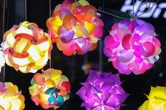 Lampes formées uniques Lampes colorées photos stock
