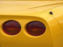 Lampes jaunes neuves de voiture de sport Images libres de droits