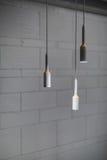 Lampes lumineuses dans le style de grenier Photographie stock libre de droits
