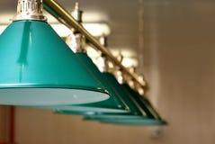 Lampes vertes de billard Images libres de droits