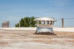 Lampglas på taklägga Arkivfoton