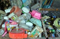 LAMPHUN, ТАИЛАНД – 14-ОЕ МАРТА: Zero ненужная деревня подготавливая wast Стоковое Изображение RF
