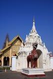 Lamphun-hariphunchai-Tempel lizenzfreies stockfoto