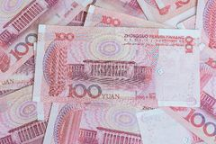 Lamphun, Tailandia - 20 dicembre 2015 appoggi delle banconote di yuan per Immagine Stock Libera da Diritti