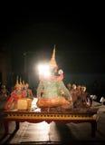 Lamphun THAILAND - mars 19: Thailändsk traditionell klänning. skådespelarear per Arkivbild
