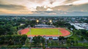 LAMPHUN, VAN THAILAND 30,2017 JULI: De Sportstadion van de Arialmening bij lamphu Stock Afbeeldingen