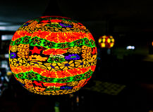 Lampion et lumières asiatiques dans une boutique Photographie stock libre de droits