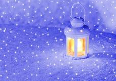 Lampionu światło na zima wieczór Fotografia Royalty Free