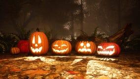Lampionu Halloween banie w mgłowym lesie obraz royalty free