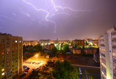 Lampo sopra la città Immagine Stock