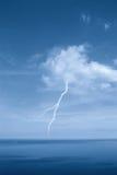 Lampo in un cielo libero Fotografia Stock