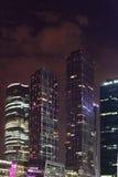 Lampor av staden på natten Royaltyfri Bild