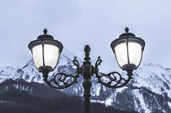 Lampor för gatabelysning arkivfoto