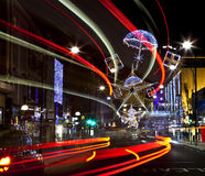 Lampor för Oxford gatajul i London Arkivbild