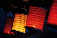 Lampor i darken Royaltyfri Bild