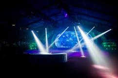 Lampor på en etapp Royaltyfria Bilder