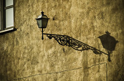 lampowa stara ulica Zdjęcia Royalty Free