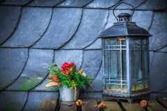 Lampowy kwiat i dach Obrazy Royalty Free