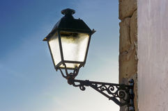 Lamppost against blue sky Royalty Free Stock Photography