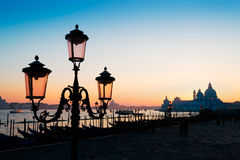 Lamppost at dusk Royalty Free Stock Photos