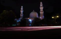 Lampriet moské på natten Arkivfoton