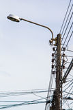 Lampstolpeelektricitet Royaltyfria Foton