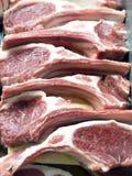 Lamskoteletten bij de slager royalty-vrije stock foto