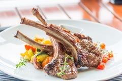 Lamslapje vlees of lamskoteletten Stock Fotografie