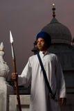 Lança passiva Paonta Sahib do menino do sikh Fotos de Stock Royalty Free