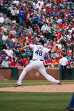 Lançamento de Texas Rangers Pitcher Colby Lewis Imagem de Stock Royalty Free