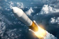 Lançamento Rocket Takes Off da carga Fotos de Stock