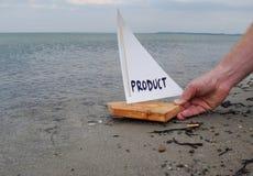Lançando um produto novo fotografia de stock royalty free