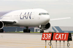 LAN Chile Airlines in Toronto Royalty Free Stock Photos